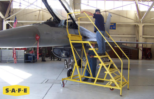 Custom Aviation Maintenance Platform for the Lockheed Martin F-16 Fighting Falcon - SAFE Structure Designs